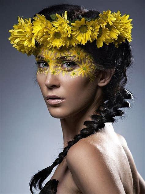 coolest floral makeup  flower makeup creative