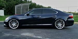 VA 22 Inch Staggered Ace Alloy Mesh 7 Wheels And Tires