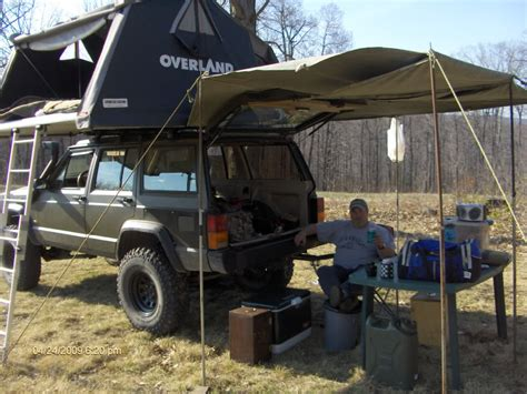 jeep wrangler overland tent overland xj jeeps and off roading pinterest roof top