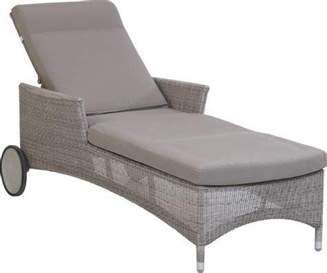 chaise de jardin grise inspiré chaise longue jardin sabakunohana