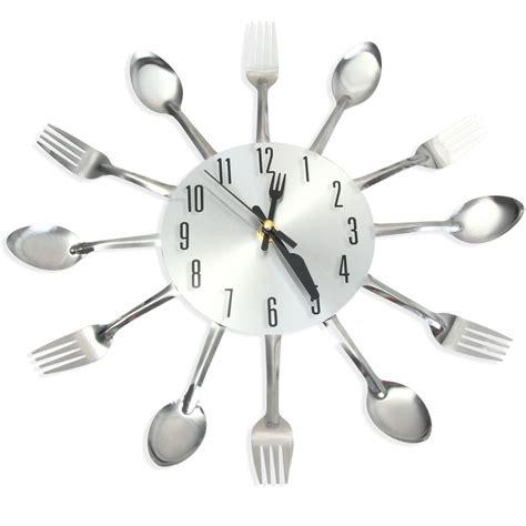 cuill鑽e en bois cuisine horloge murale pour cuisine avec couverts couleur argent ou couleurs deco 39 clock