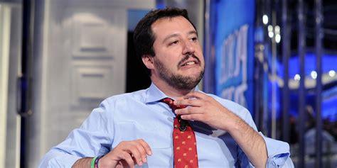 Salvini, gaffe grammaticale: «Il migrante è un gerundio ...