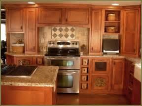 kitchen backsplash ideas with oak cabinets maple shaker style kitchen cabinets home design ideas