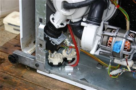 ou se trouve le condensateur sur un seche linge forum tout electromenager fr lave vaisselle proxima cd255 ne d 233 marre pas