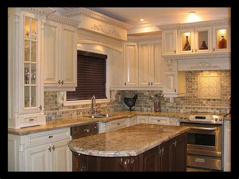 Fancy Small Kitchen Design Marble Countertop