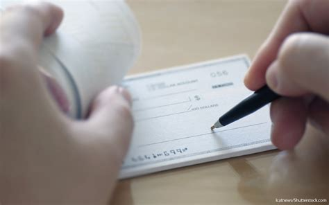 Best Business Checking Accounts Of 2016  Gobankingrates. Elite Auto Glass Repair Wire Current Capacity. Pictures Of Dora The Explorer. Small Business Capital Loans. Drei Loewen Hotel Munich Us Cellular Business. Parker And Sons Air Conditioning. Small Business Grants Tennessee. Budget Insurance Des Moines Dish Dallas Tx. Security Companies Cleveland Ohio