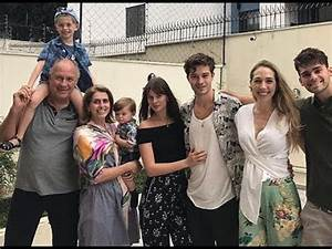 Francisco Lachowski with his family in Brazil (December ...  Family