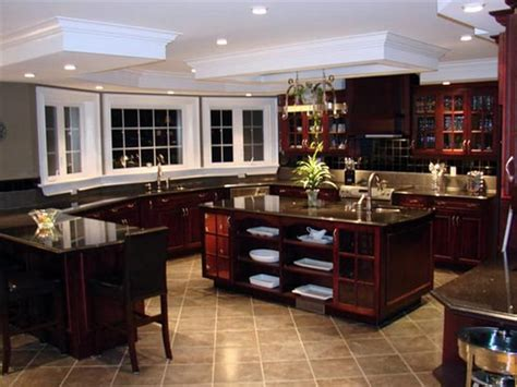 Kitchen Floor Ideas With Cherry Cabinets by Kitchen Floor Tiles That Match Cherry Wood Cabinets