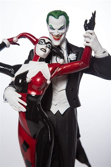 Harley Quinn And The Joker Wedding Cake  Google Search