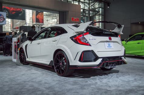 Civic Si Type R by 2017 Honda Civic Type R Looks Amazing In Chionship