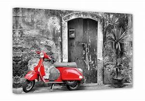 Schwarz Weiß Bilder Mit Farbe Städte : leinwanddruck red scooter motorroller als wandbild wall ~ Orissabook.com Haus und Dekorationen