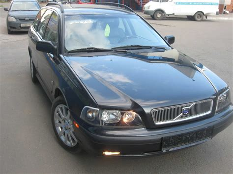 old cars and repair manuals free 2000 volvo v40 auto manual 2000 volvo v40 for sale 19000cc diesel ff manual for sale