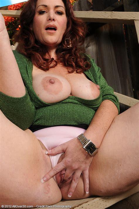 Redhead MILF Ryan Caress Her Moist Clam MILF Fox