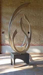 Sculpture Moderne En Bois Et Fer Par Fabienne H U00f4t
