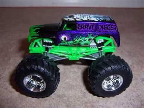 monster trucks youtube grave digger monster jam custom monster truck 1 64 grave digger varied