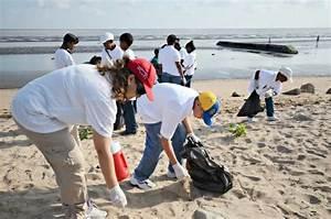 Picking Up Trash Along the Coast | Smithsonian Ocean