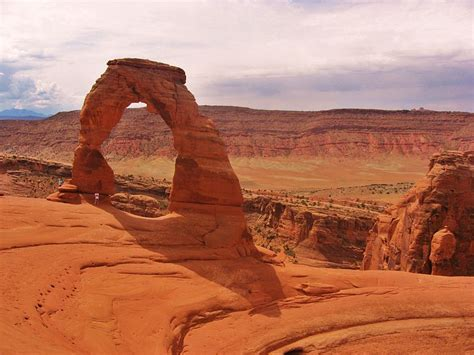 filedelicate arch arches national park utahjpg