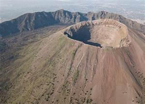 Mount Vesuvius and wine tasting | Audley Travel  Mount