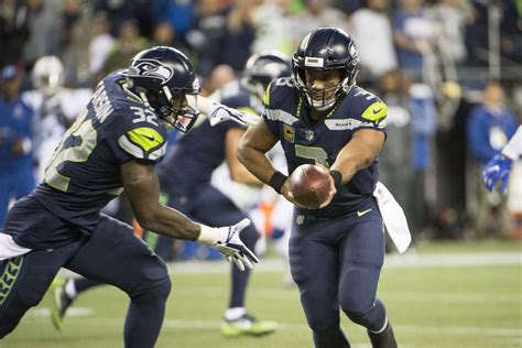 return  seahawks rb chris carson  warrant