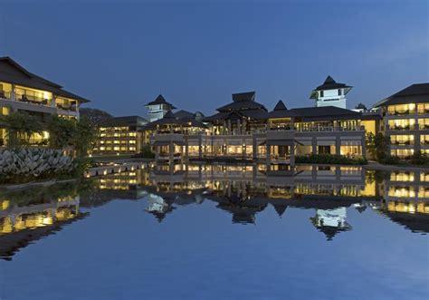Le Meridien Chiang Rai Resort In Thailand  Room Deals. Meson De Jobito Hotel. Elvey Farm Hotel. Clarion Collection  Frankfurt City Center. Saint George Hotel