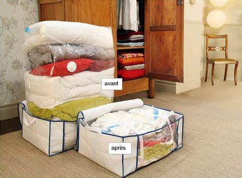 rangement vetement gain de place astuce maison le sac de rangement 192 d 233 couvrir