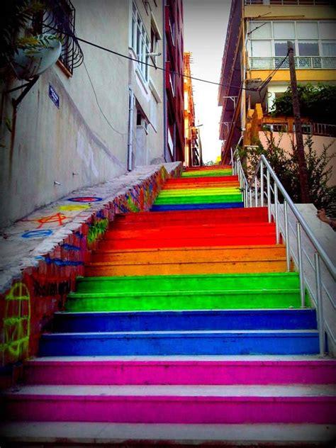turkey residents unite  paint stairways