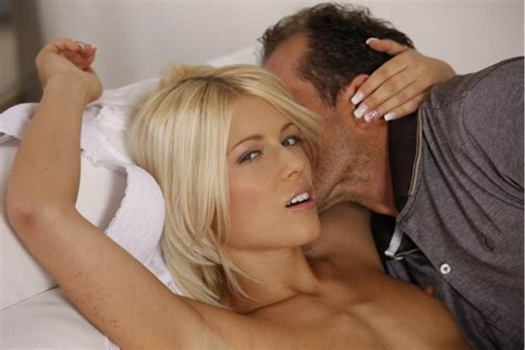 #Beautiful #Blonde #Babe #Having #Passionate #Sex
