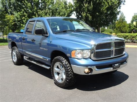 2004 Dodge Ram 1500 Laramie / Crew Cab / 4X4 / Leather / HEMI