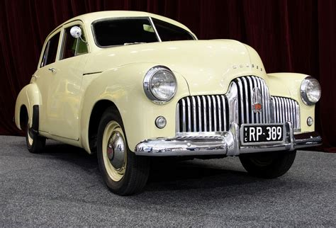 Holden Car : Holden 48-215