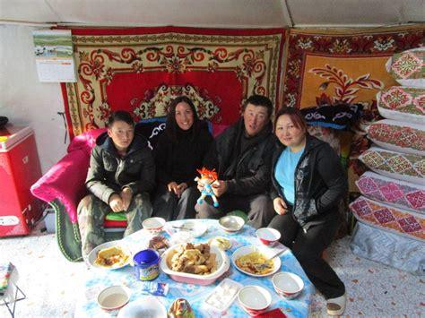 cuisine mongole a la découverte de la vie en mongolie mariegoround