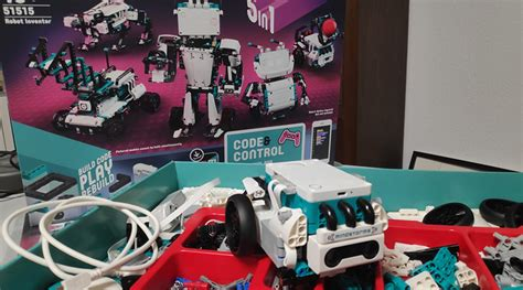 First look at LEGO MINDSTORMS 51515 Robot Inventor