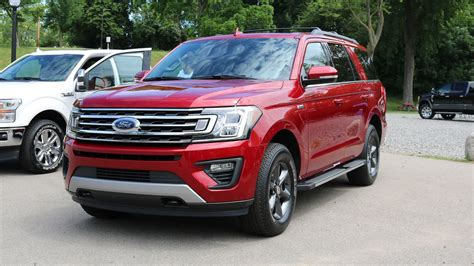 Ford Expedition Road by 2018 Ford Expedition Fx4 Lets Your Big Suv Go Road