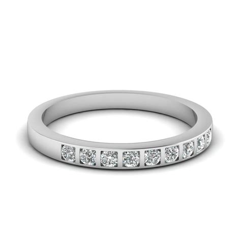 stunning platinum womens wedding band at affordable prices