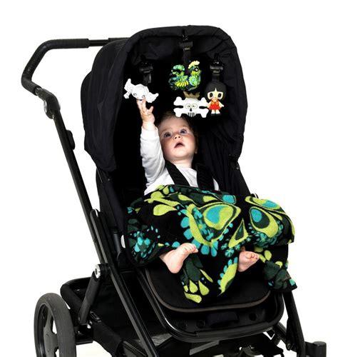 jouet pour siege auto strollerpal un accessoire ludique pour la poussette ou