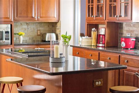 cherry oak kitchen cabinets cherry oak cabinets kitchen traditional with black 5377