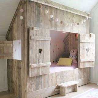 Enclosed Bed by Cottage Style Enclosed Bed Made From Pallets Pallet