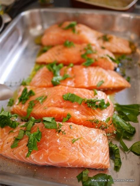 cuisiner pavé de saumon au four pavés de saumon au four la recette facile marciatack fr