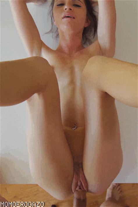 【エロ画像】巨乳女をm字開脚させてクリクリ弄りまくったり水中挿入にディルドオナニーで激しく乱れまくる女に外人女の激しいセクロスに3次元のエロでオナニーもはかどりまくり