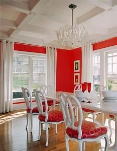 meubles salle a manger invitez le rouge dans votre espace With meuble salle À manger avec chaises rouges salle À manger