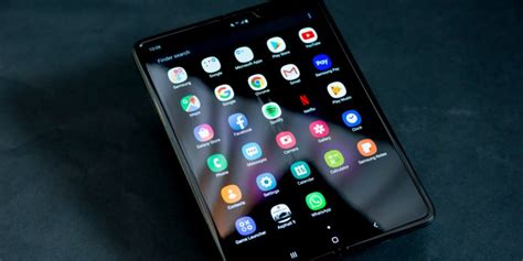 samsung galaxy fold breaks just days after the company responds to the screen damage