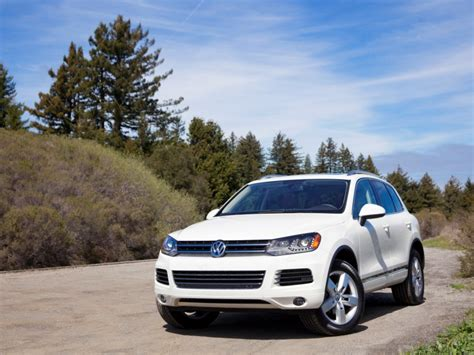 Vw Touareg Hybrid 2015 by 8 Best Hybrid Crossovers For 2015 The 10 Best Cars Of 2018