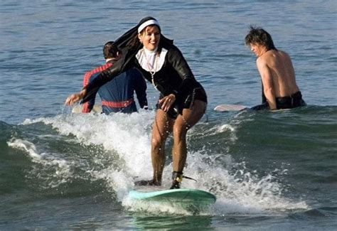 6-Nun-Surfing-beach-Fail - FitStyleLife