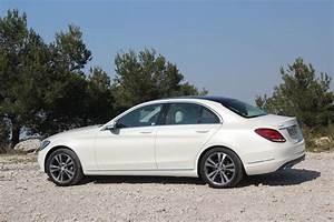 Mercedes Classe C Blanche : essai vid o mercedes classe c accros la c ~ Gottalentnigeria.com Avis de Voitures