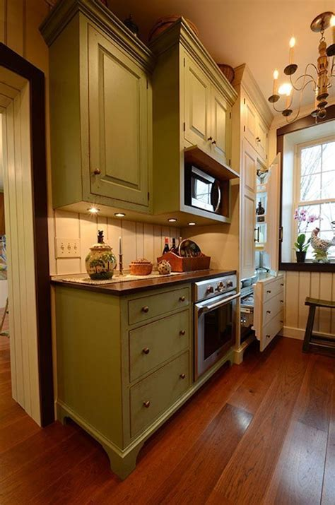 Hickory Floors in a Rustic Kitchen   Carlisle Wide Plank