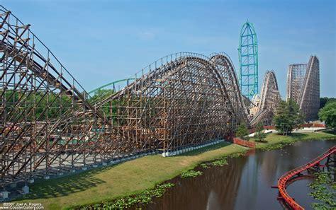 NerdWallet's Top 10 Roller Coasters in the World - TravelNerd