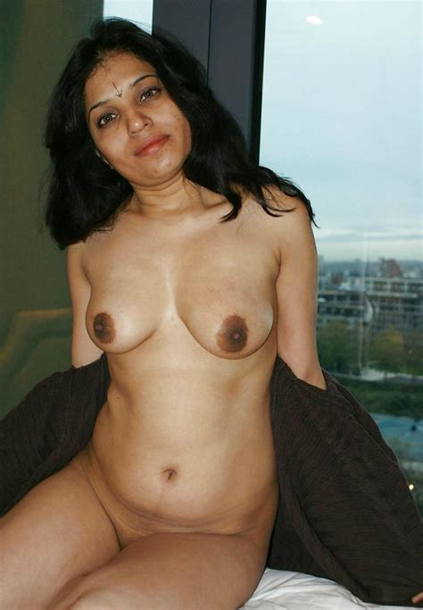 Sexy Full Nude Desi Indian Shaved Cunt Xxx Pics