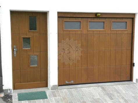 Portone Garage Sezionale by Portone Garage Sezionale Falegnameria Pojer