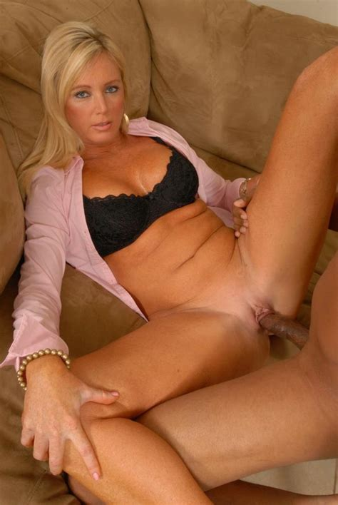 pick up soccer mom seduced milf whore