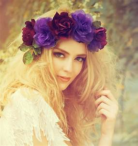 Flower Crown Festival Inspiration | The Fashion Supernova