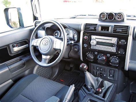 toyota fj cruiser interiori    automatic tho